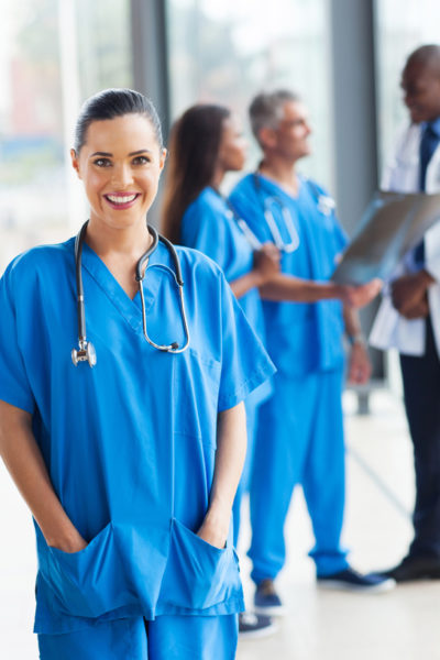 https://www.med4you.it/wp-content/uploads/2019/05/staff-medico-400x600.jpg